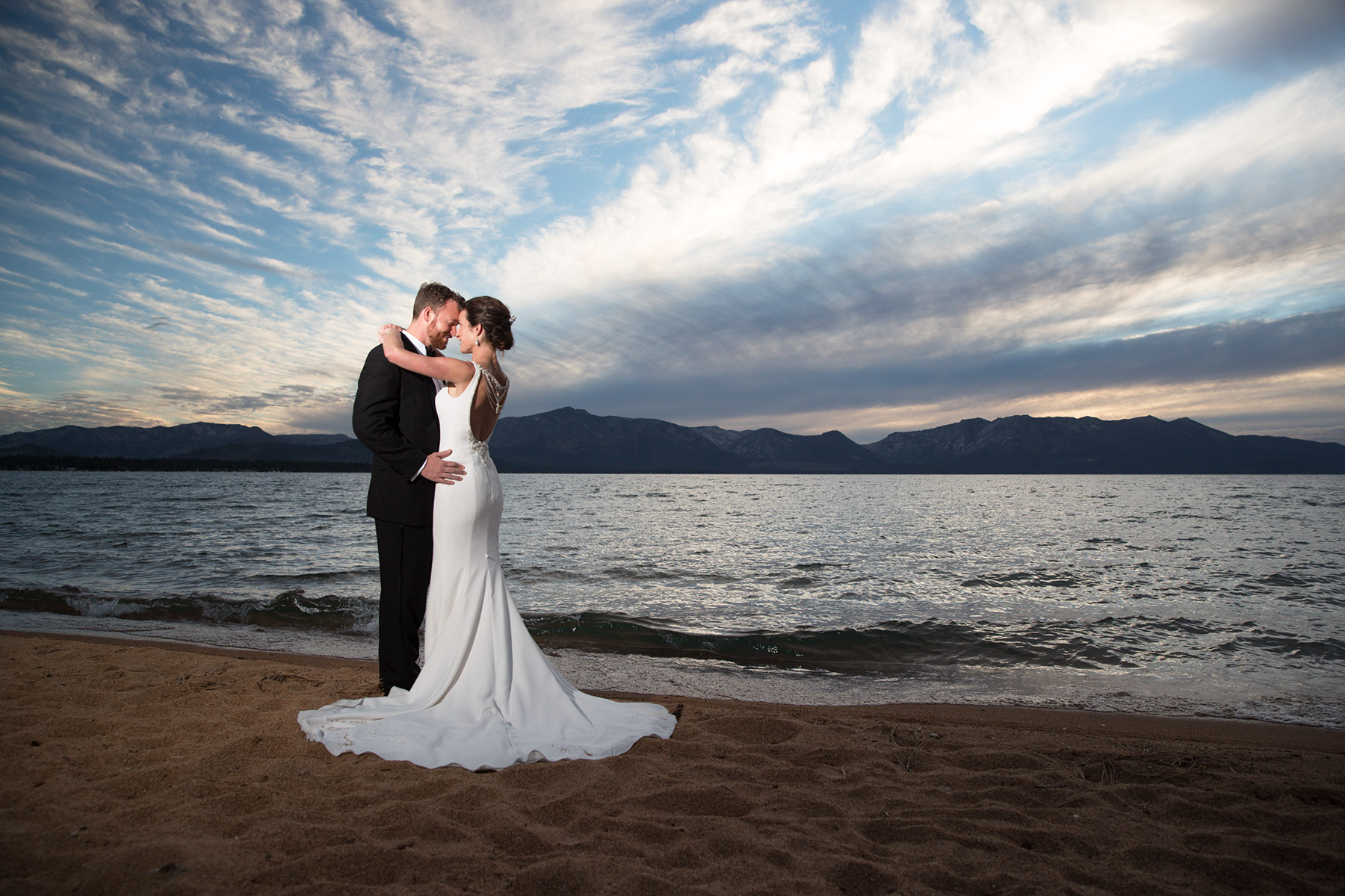 sunset-at-Edgewood-Tahoe-weddings