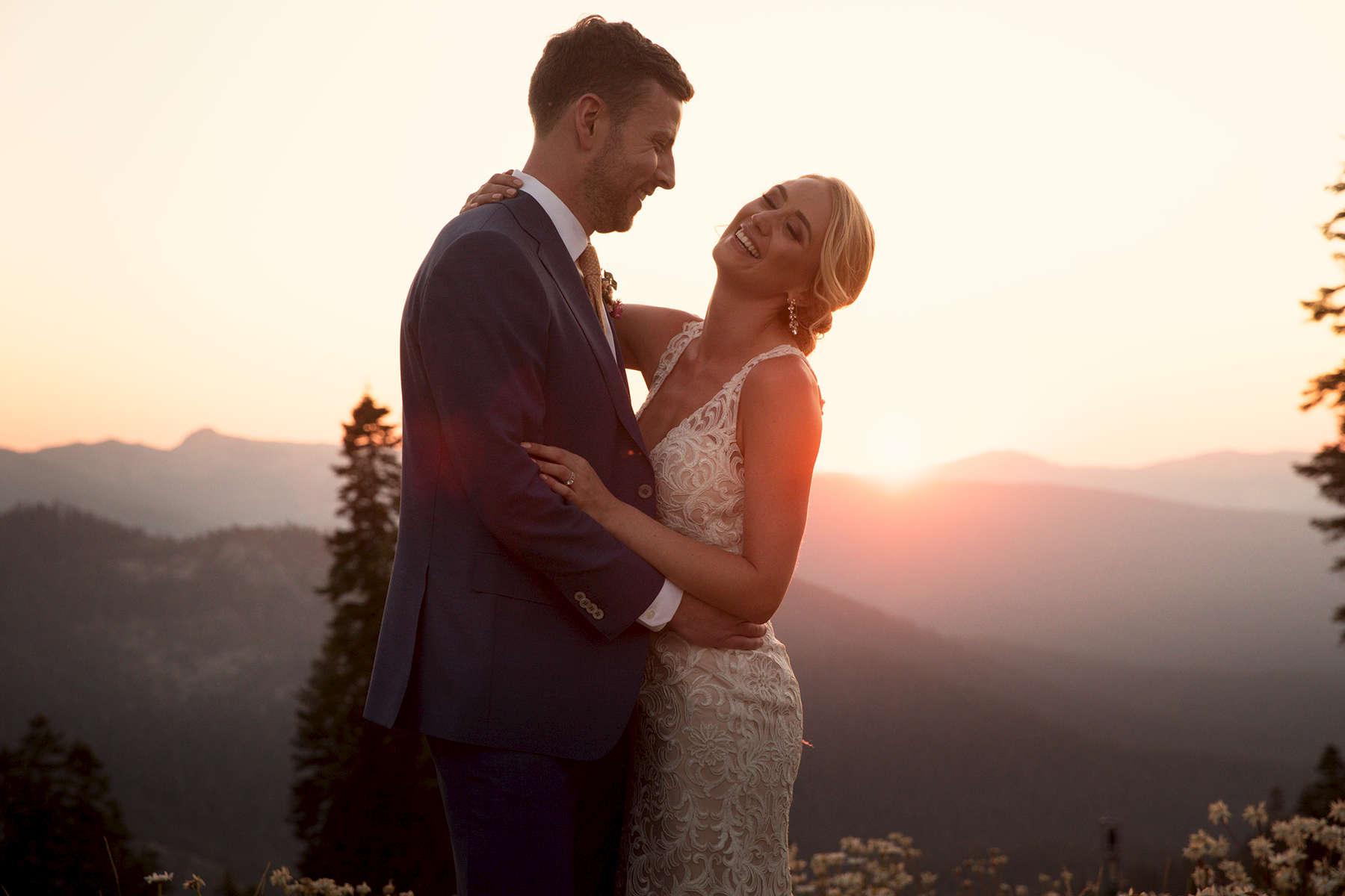 sunset-at-Northatar-at-Tahoe-wedding-photo