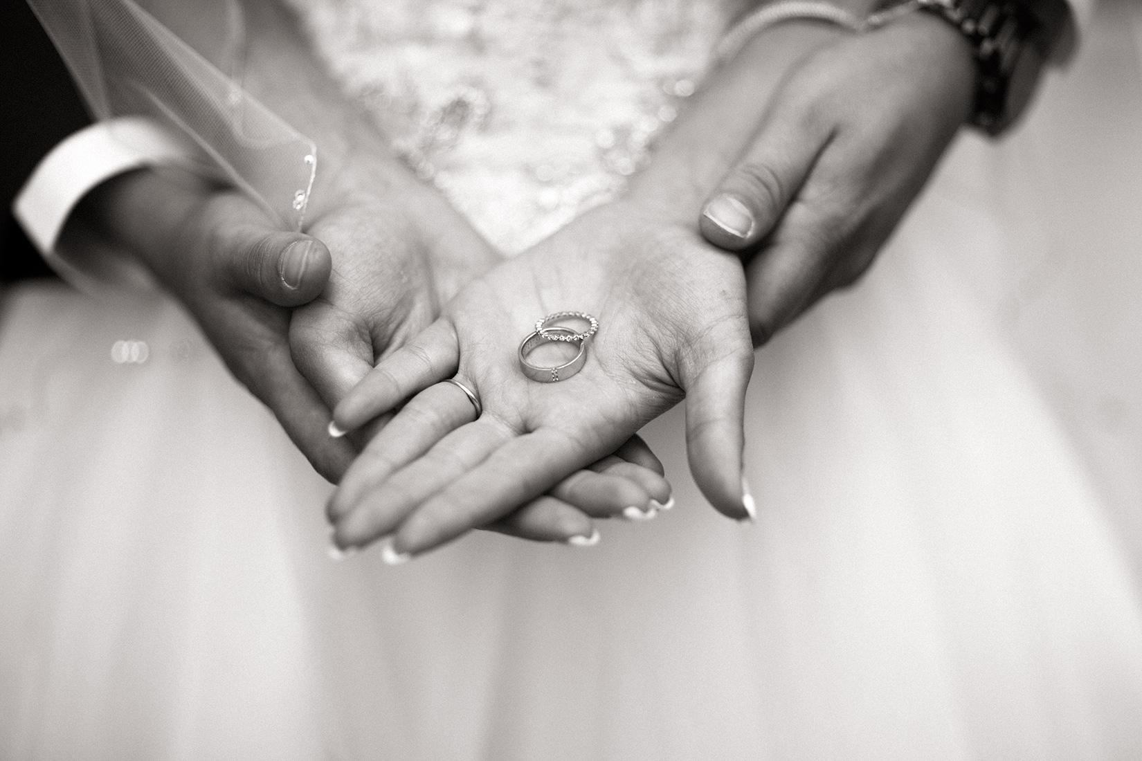 wedding-rings-Ritz-Tahoe-wedding
