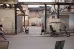 Cuba_Bici-Joven-y-viejo