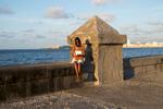 Cuba_Sentada-en-el-Malecon