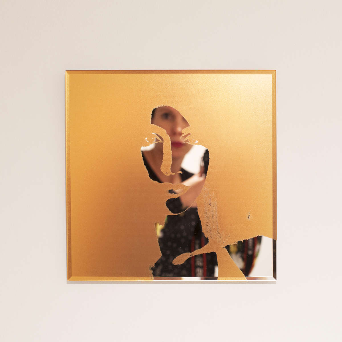 Gloria-Gold-3014