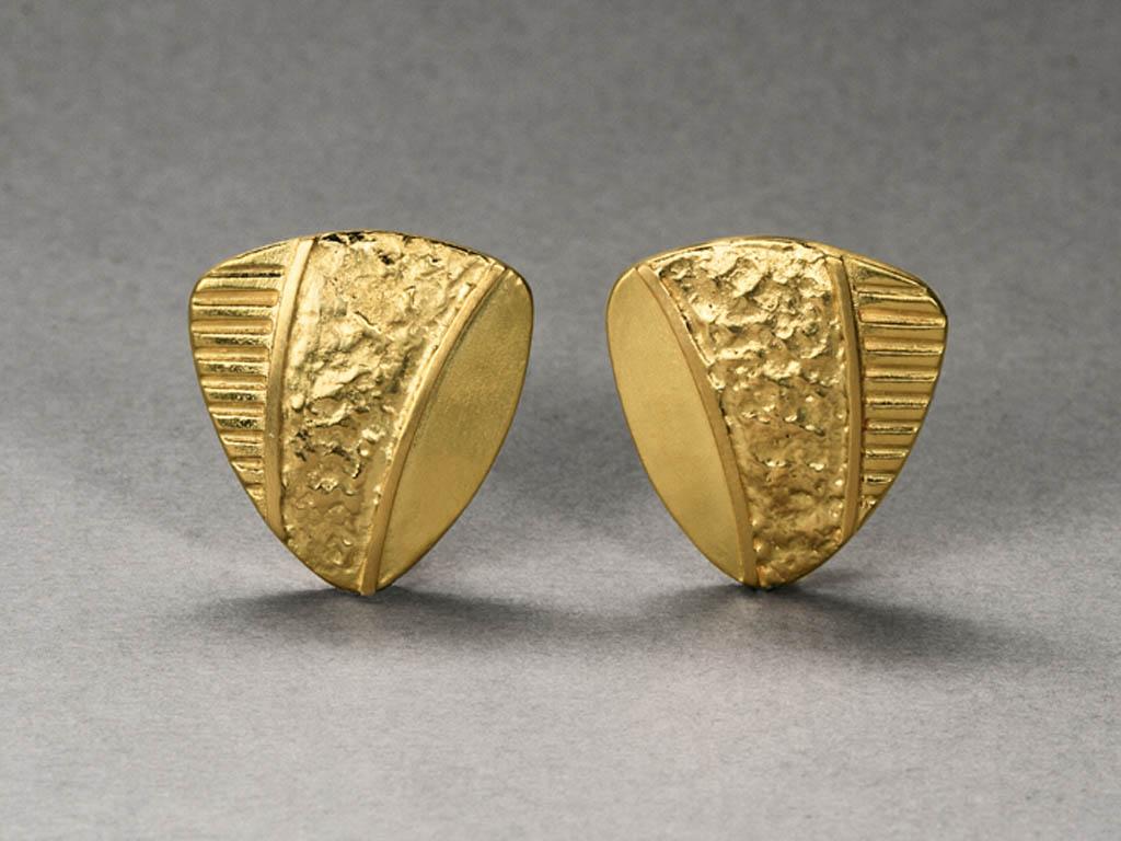 Gold textured studs