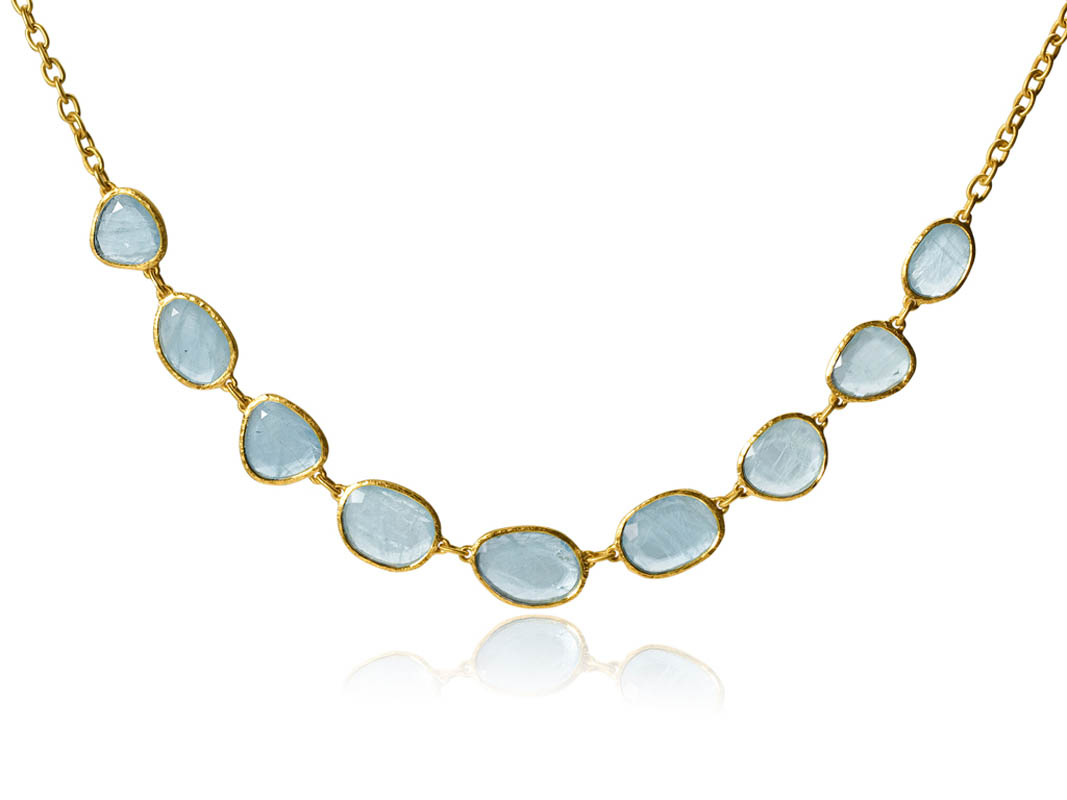 22 karat gold, aquamarine