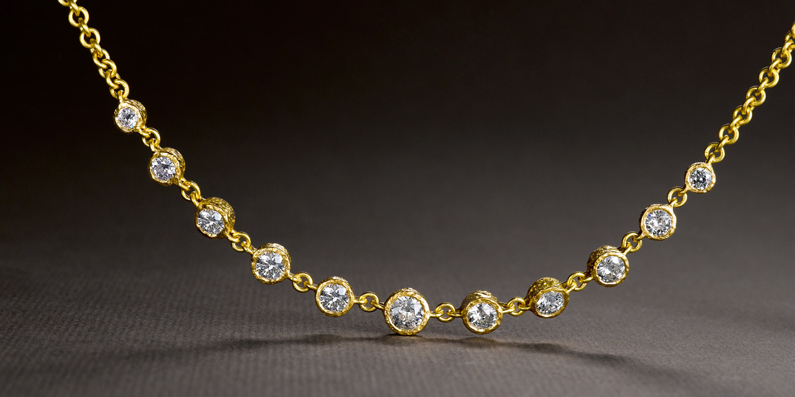ORLI necklace. Diamonds and 22 karat gold