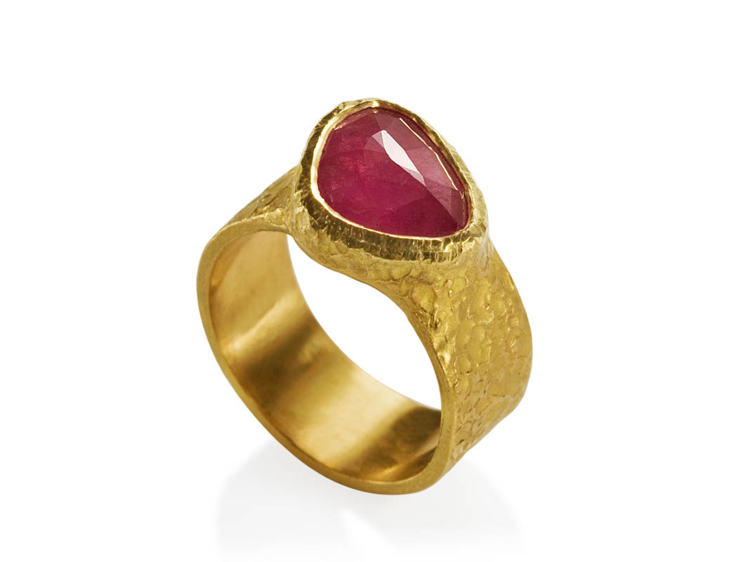 22 karat gold and rose cut pink sapphire