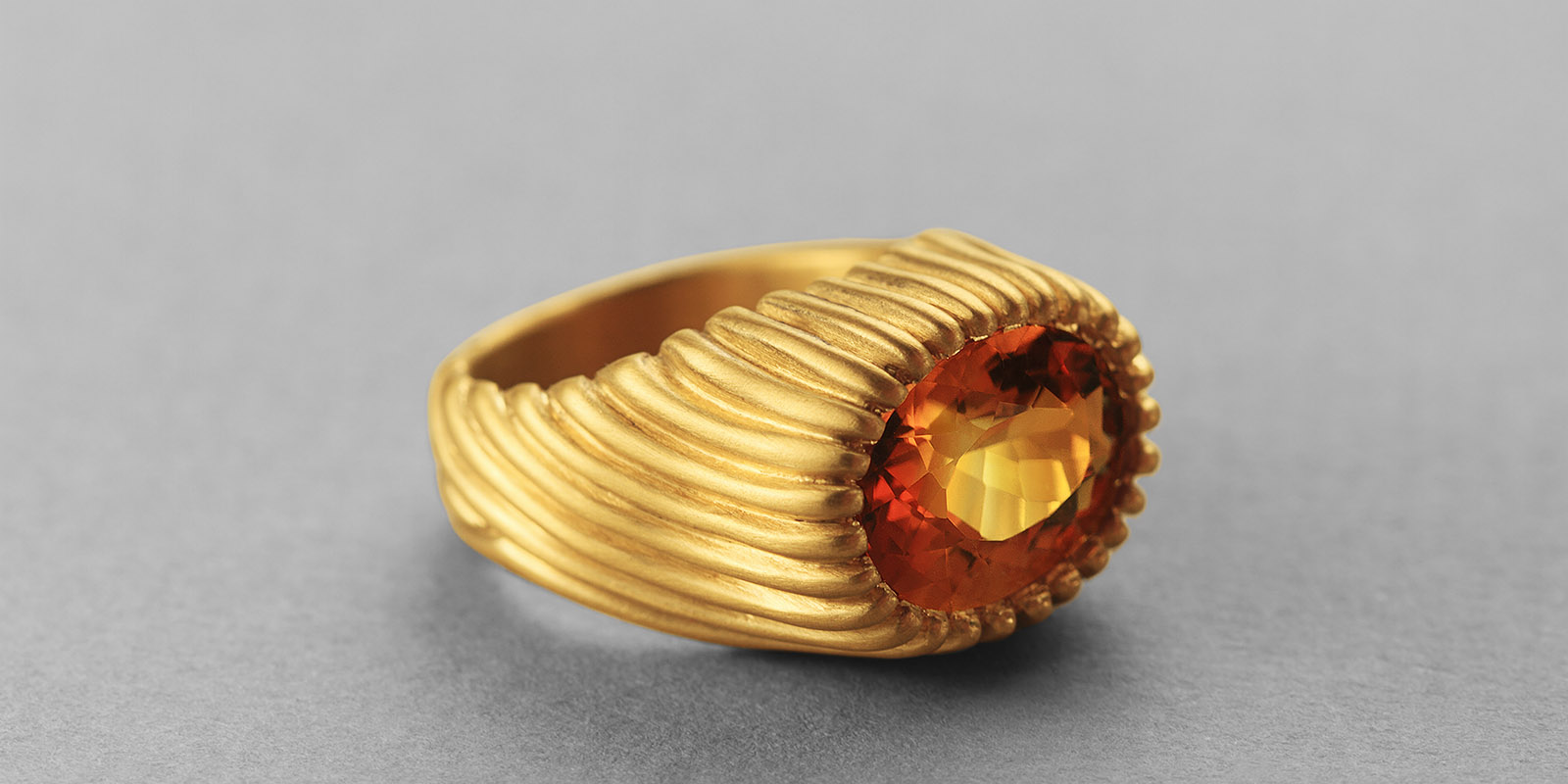 Irene ring. Bicolor citrine and 22 karat gold.