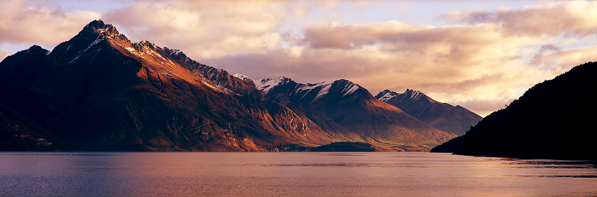 near Sunshine Bay, Queenstown, Southland, New Zealand