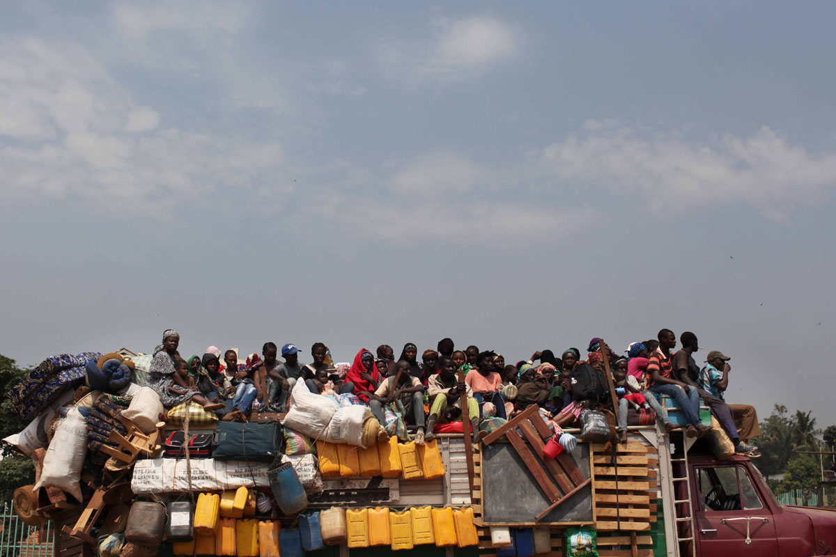 Muslims fled to Bangui, fleeing the fighting and looting.
