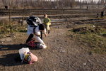 Syrian mother and daughters trying to cross the border from the Macedonia to Serbia