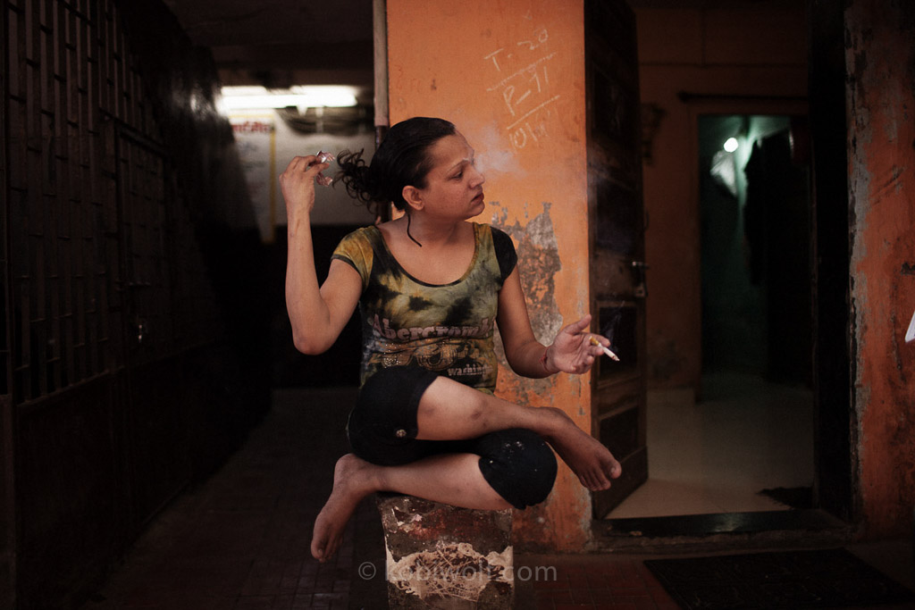 HIJRA-2: Hijra Guru, The Transgender Community In Mumbai