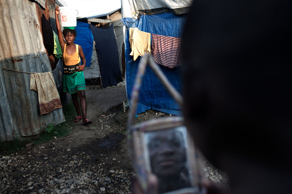 Haiti_aftermath_-019