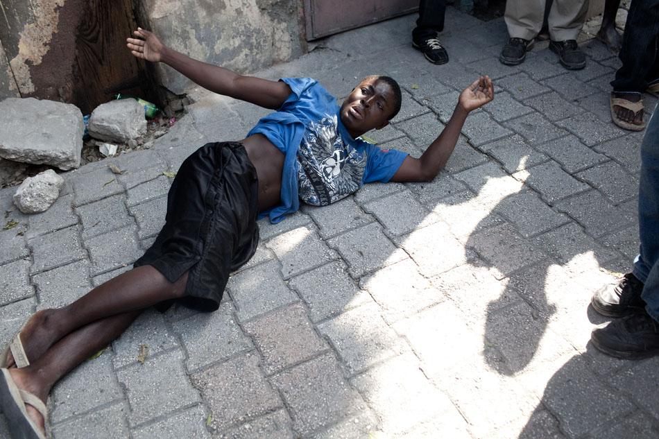 Haiti_aftermath_-024