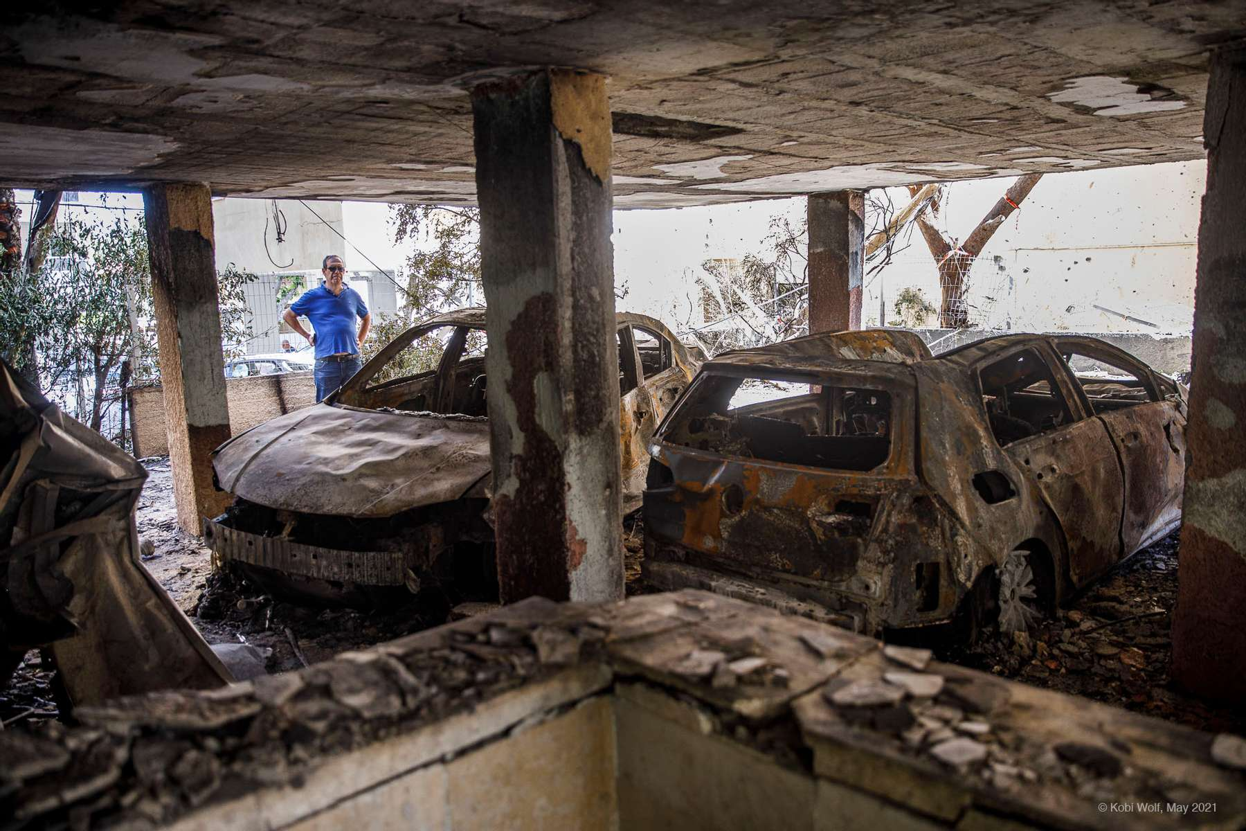 the damage of apartment after being hit by a rocket fired from the Gaza Strip over night, in Petah Tikva, central Israel, Thursday, May 13, 2021photographer: Kobi Wolf