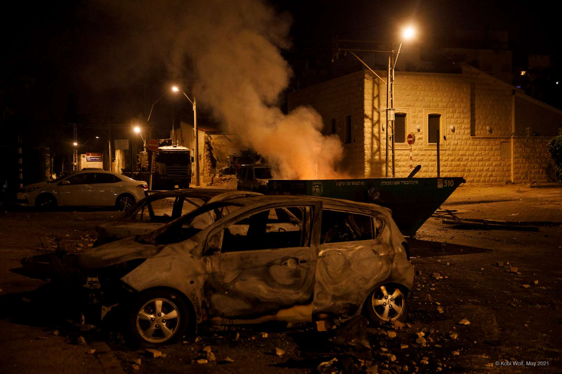 Burned cars during a riot in  Lod during a riot in the Lod,central Israel, Thursday, May 13, 2021 photographer: Kobi Wolf