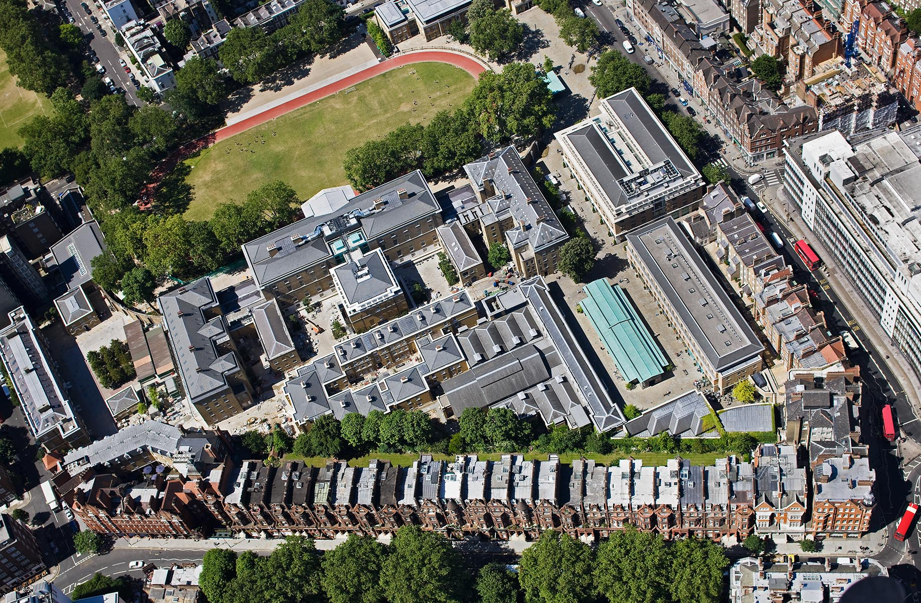 View taking from helicopter showing masterplan of innovative mixed use urban development creating open space for leisure, shopping and living and access to the new Saatchi Gallery.Client: PDP LDN