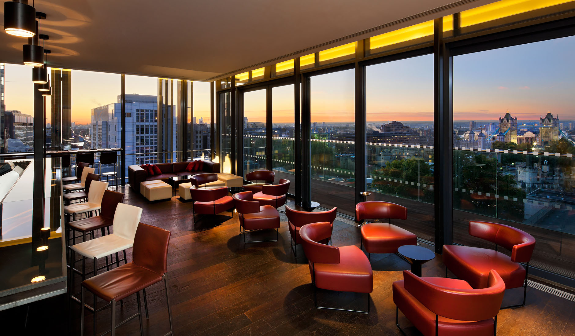 Top floor Cocktail Bar at newly constructed 5 star hotelClient: Woods Bagot