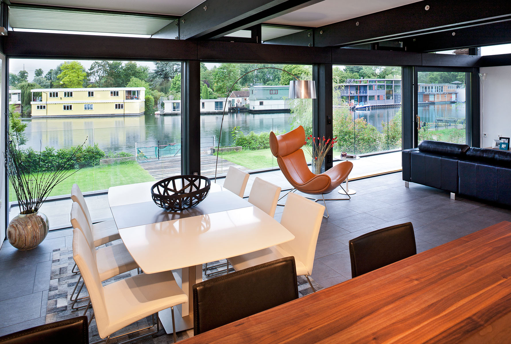 Interior Design project for Huf Haus by River Thames. Client: Bo Concept