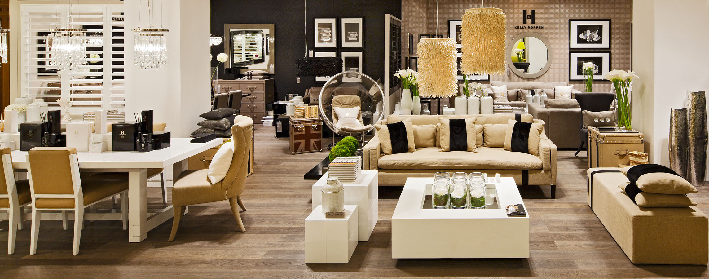 Retail store for British Interior Design superstar Kelly Hoppen.Client: Kelly Hoppen / Loft Living