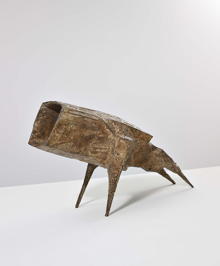 Lynn CHADWICK (1914-2003)Bronze50 x 101 x 27 cm Edition of 4
