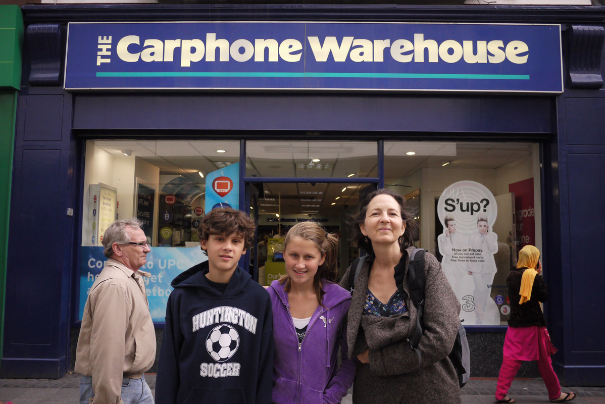 August 25 - Carphone Warehouse, Dublin, IrelandPost a Comment