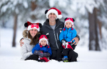 Tahoe-family-photo-snow