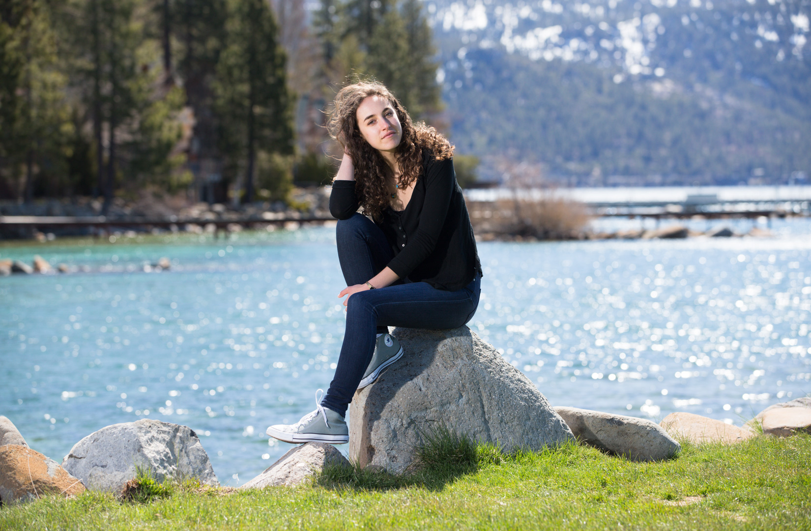 Tahoe-senior-photos-rocks