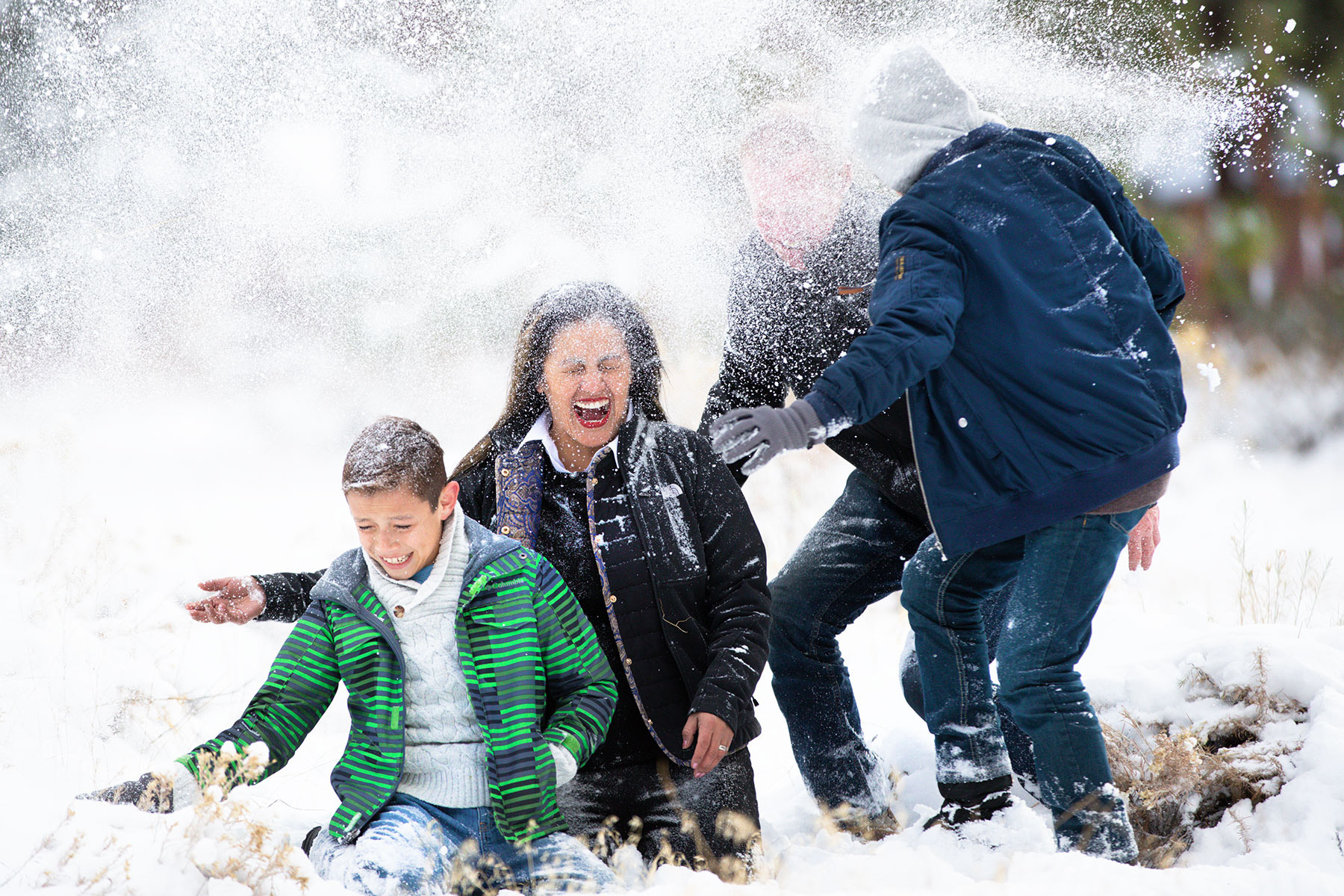 Tahoe-snow-family-photography