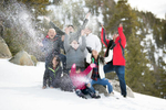 Tahoe-snow-family-photos-mountain