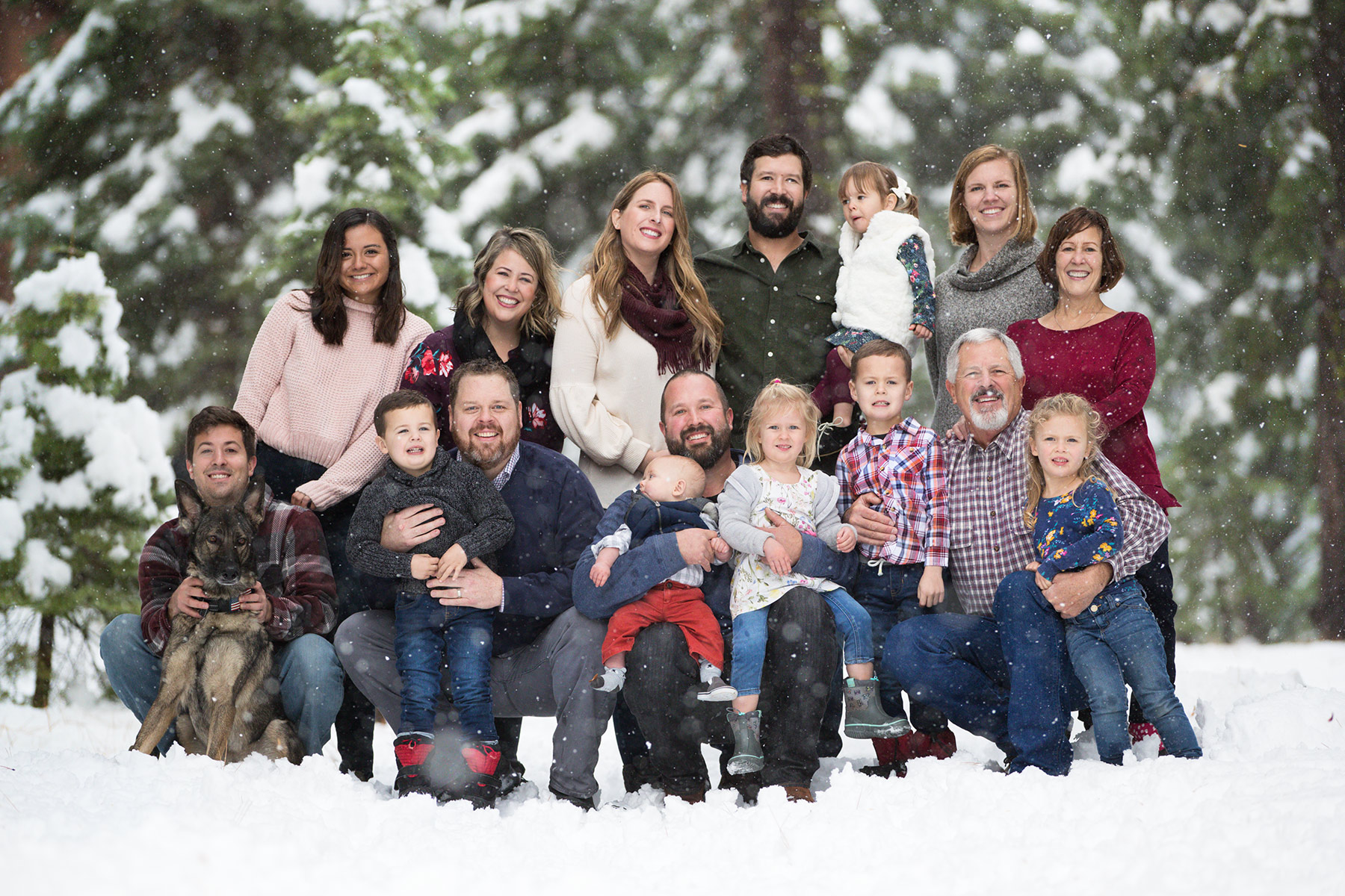 Tahoe-snow-family-session-