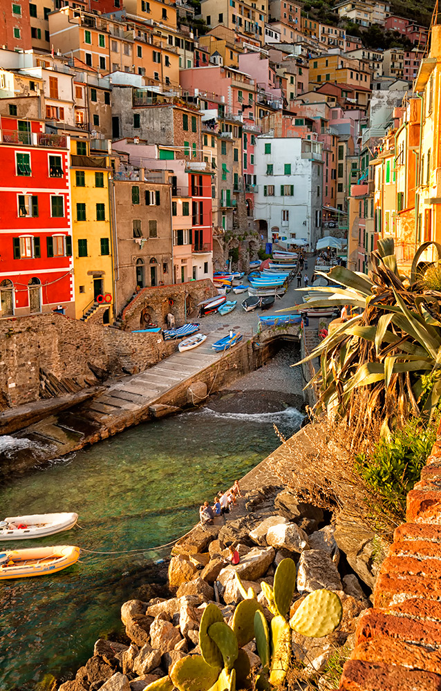 Italy-Vertical-1
