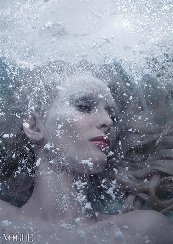 Frozen / model, Sydney Page