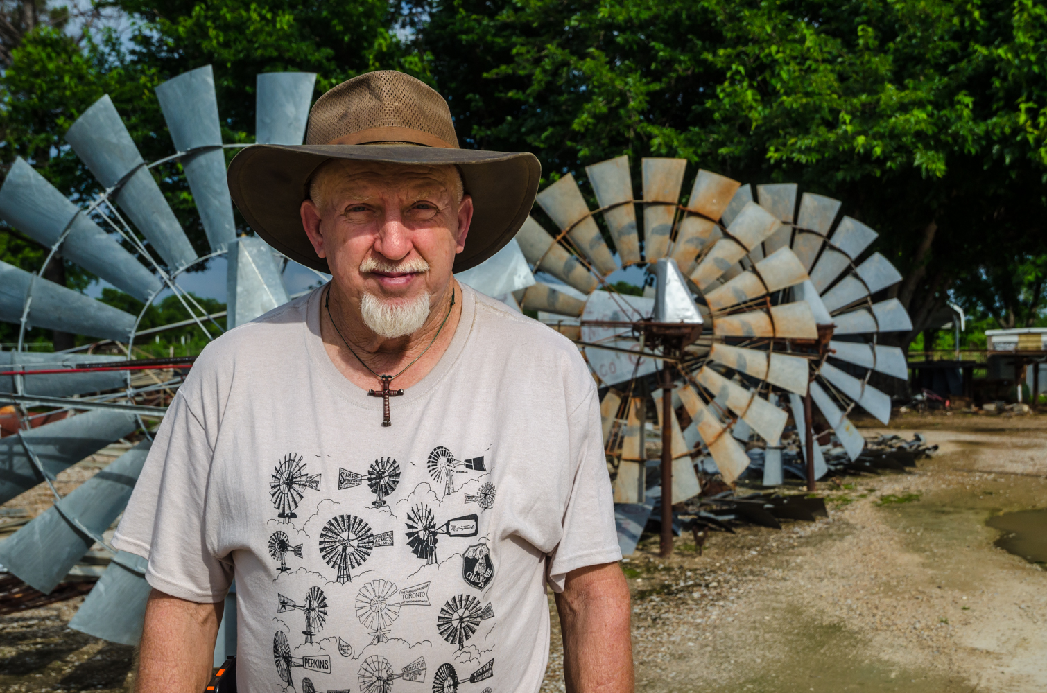 Cliff Conway, Welder and Wind Mill Refurbisher, Comanche, TexasCliff Conway of Conway Welding Service in Comanche, Texas, repairs, services, and provides parts for windmills.