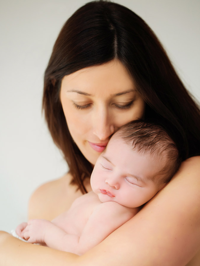 mummy-and-newborn185806
