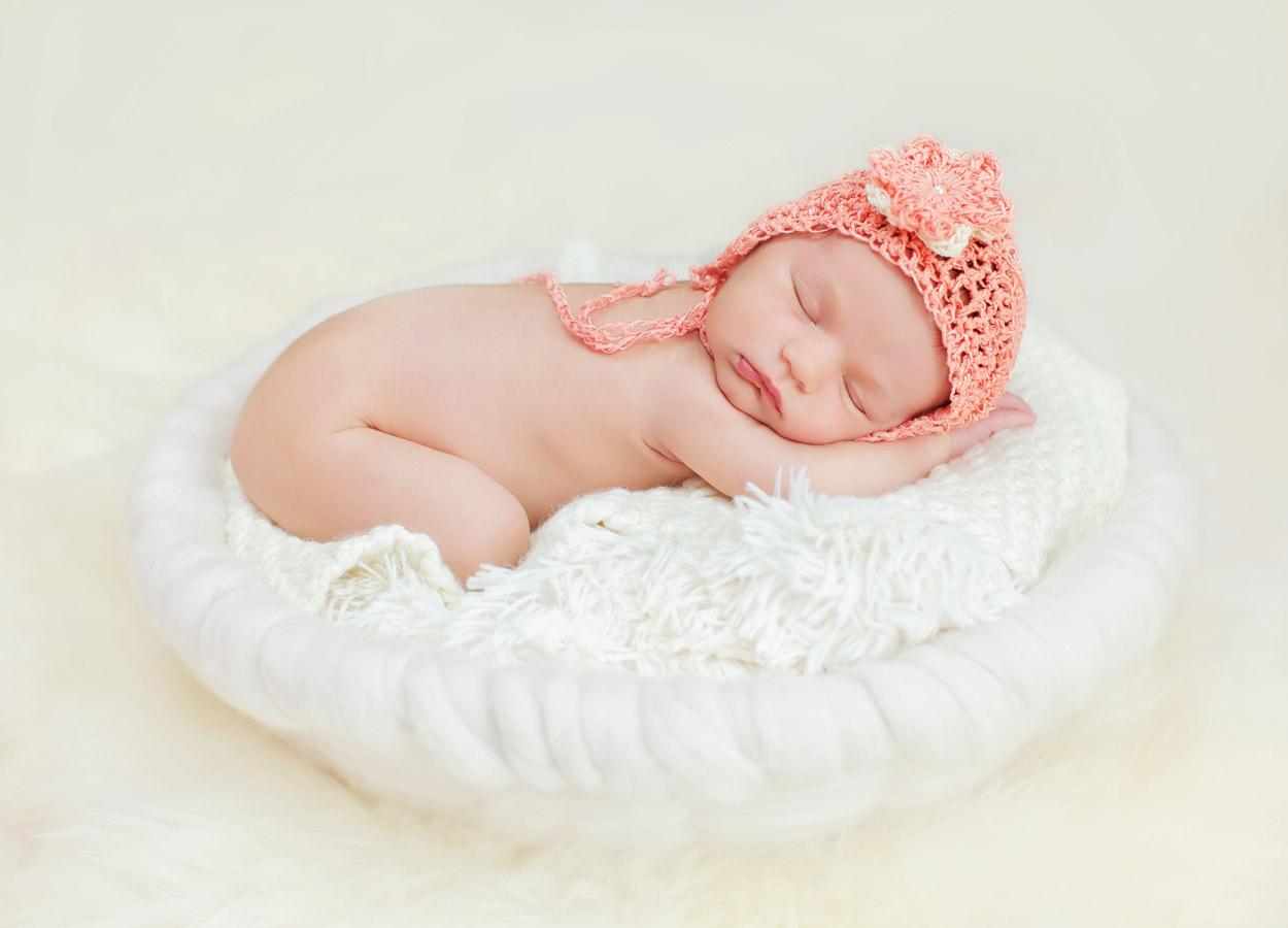 newborn-baby-girl185576
