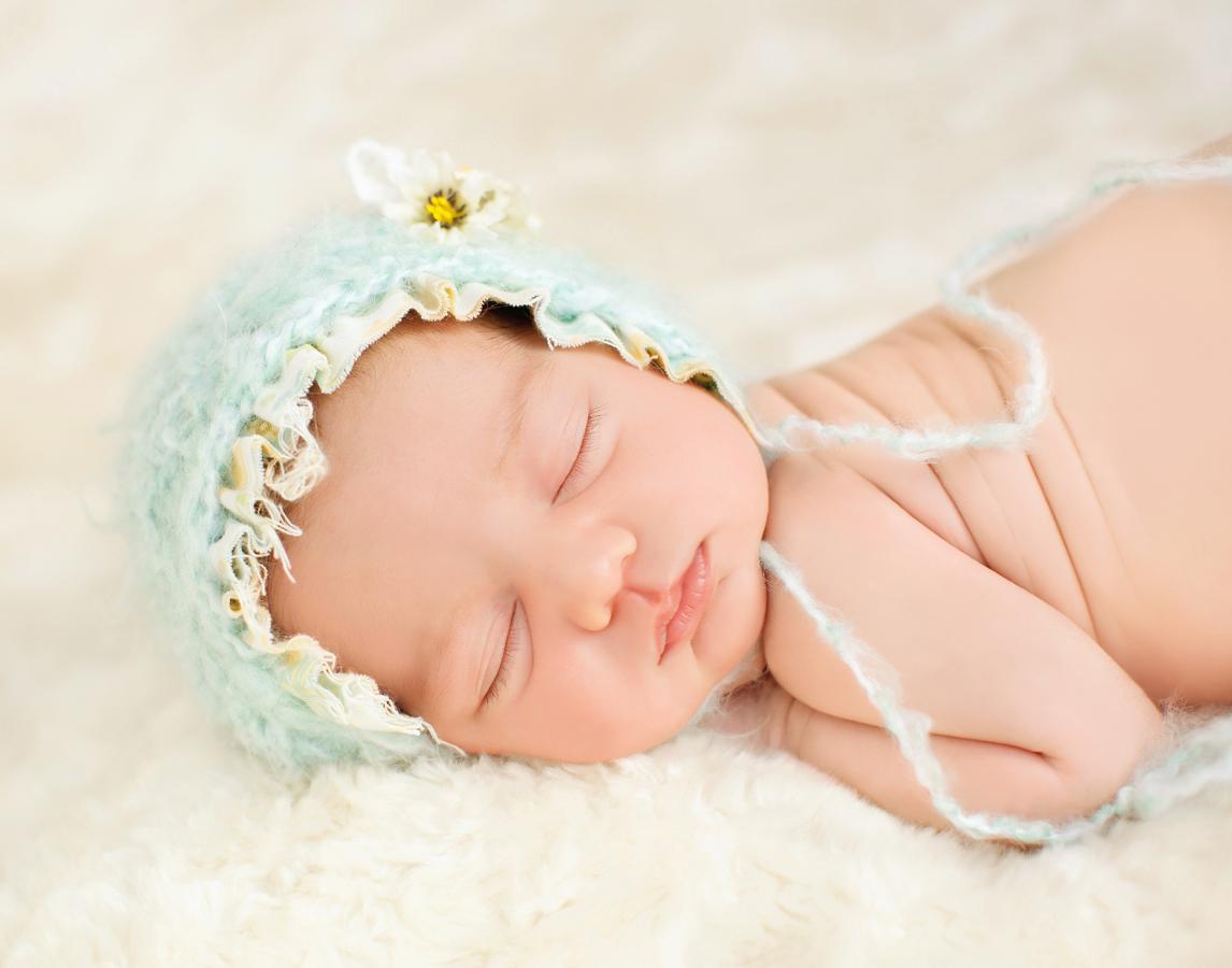 newborn-baby-girl185600