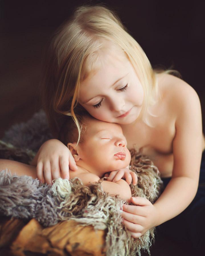 siblings-and-newborns185854