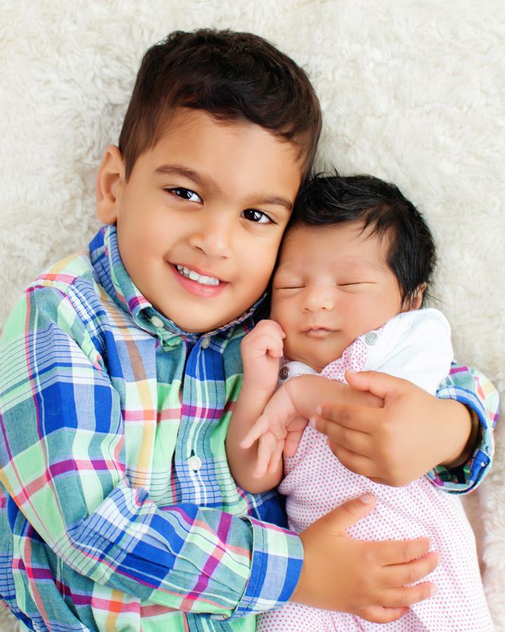 siblings-and-newborns185862