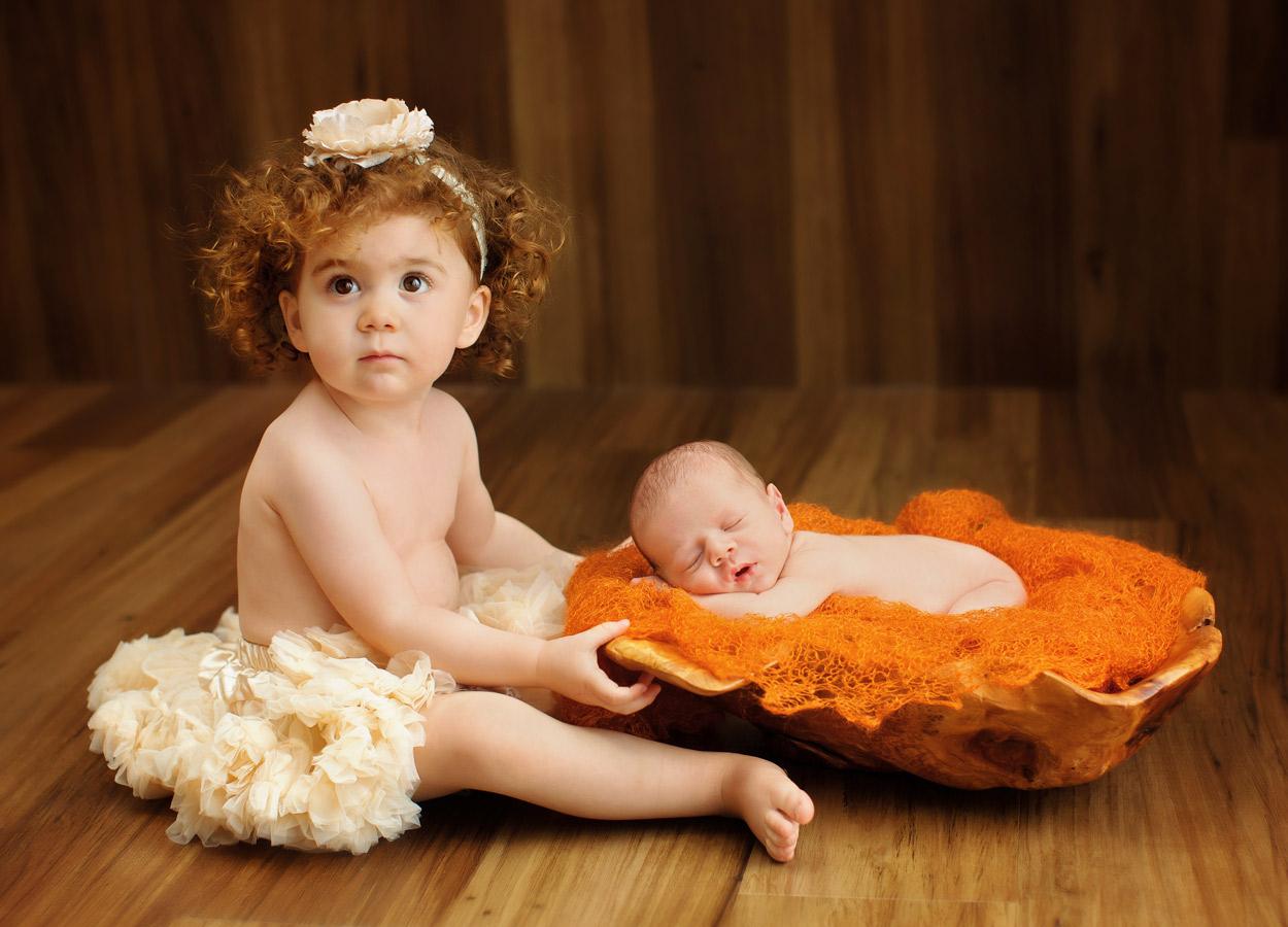 siblings-and-newborns185876