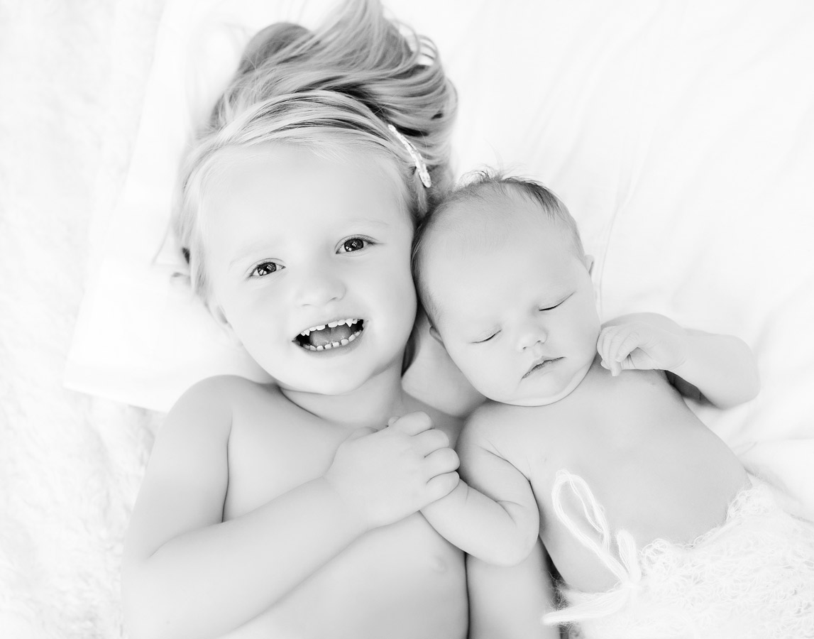 siblings-and-newborns185879