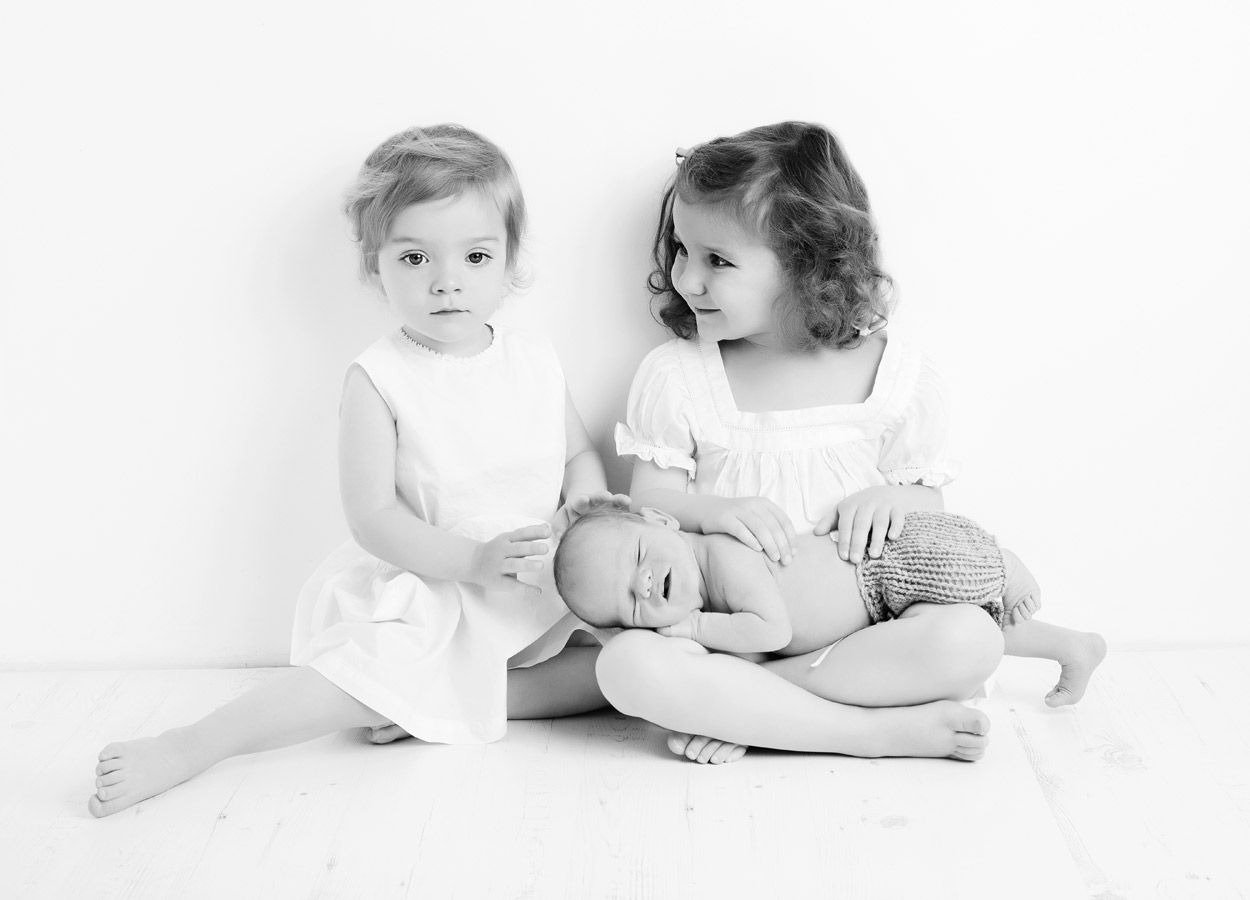siblings-and-newborns185885