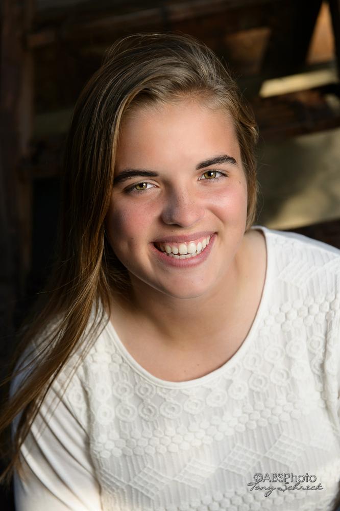 Kaia Porter senior Portrait