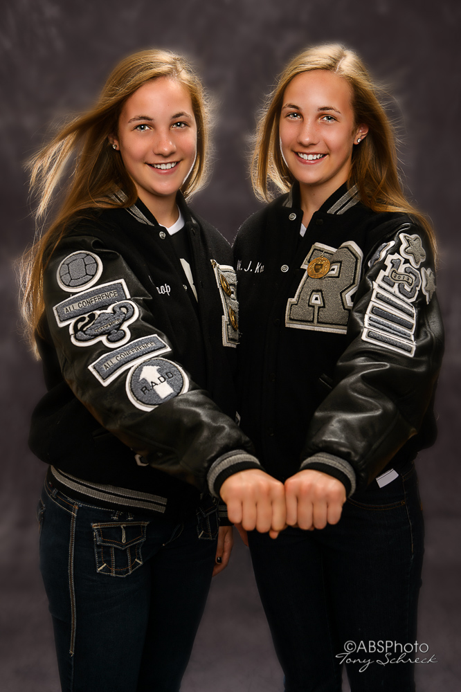Melissa and Meghan Koop Senior Portraits.