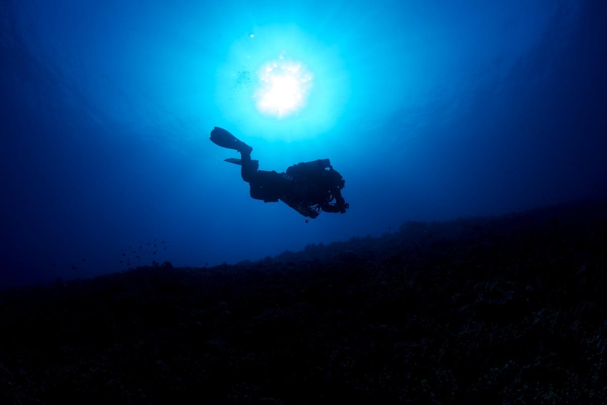Diver Silhoutte - Kona Hawaii