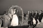 wed-kiss