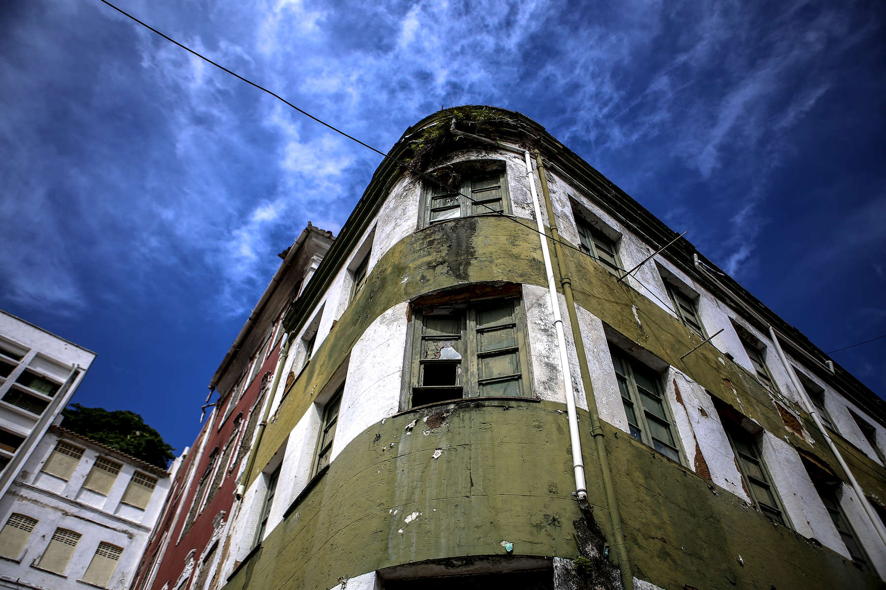 An abadoned historic building in Salvador.