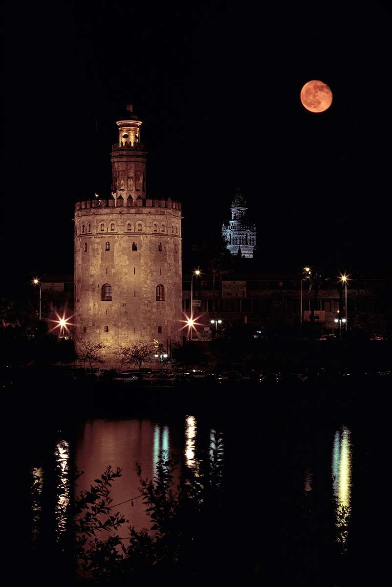 Torre del Oro · Seville