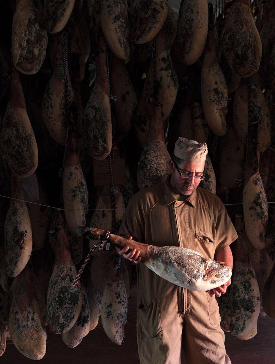 Jabu Jabugo · Iberian Ham Curing