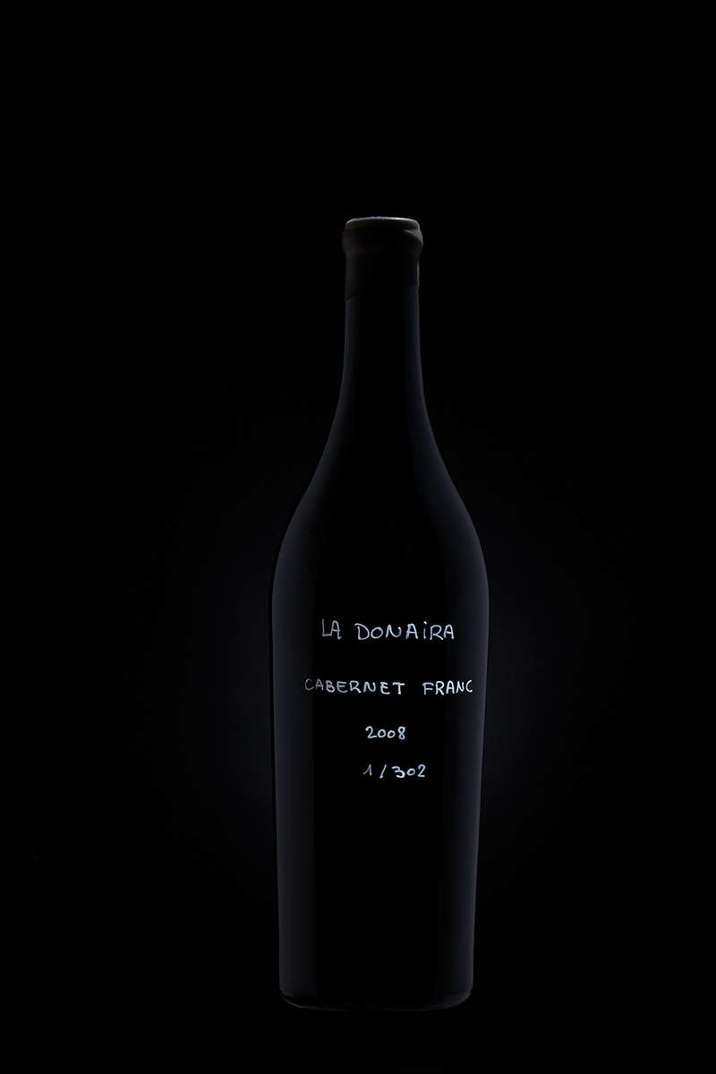 La Donaira · Black Bottle
