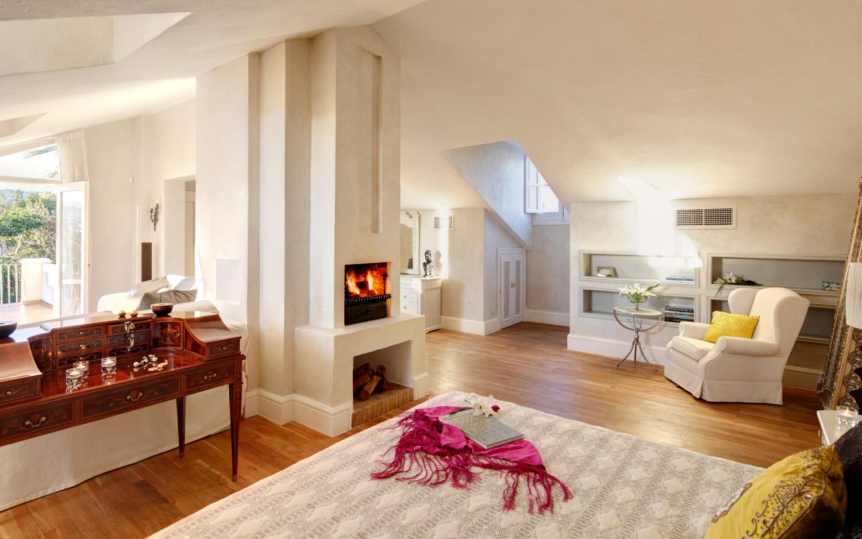 Cartmani Real Estate · Villa Poniente